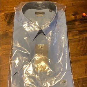 Van Huesen short sleeve dress shirt